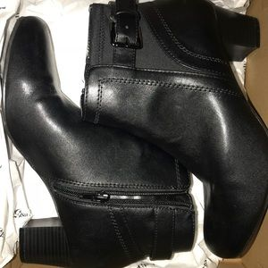 EAST 5th Women's shoes size 8